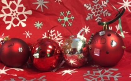 Ornaments 8 (640 x 480)